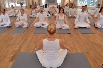 tantric meditation - Liisa guides a group of student's in a tantric meditation practice