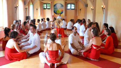 Tantra Massage - student's experience the tantric art of transfiguration in a final ritual